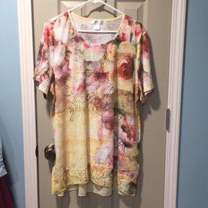Women's floral jeweled tunic size 2X
